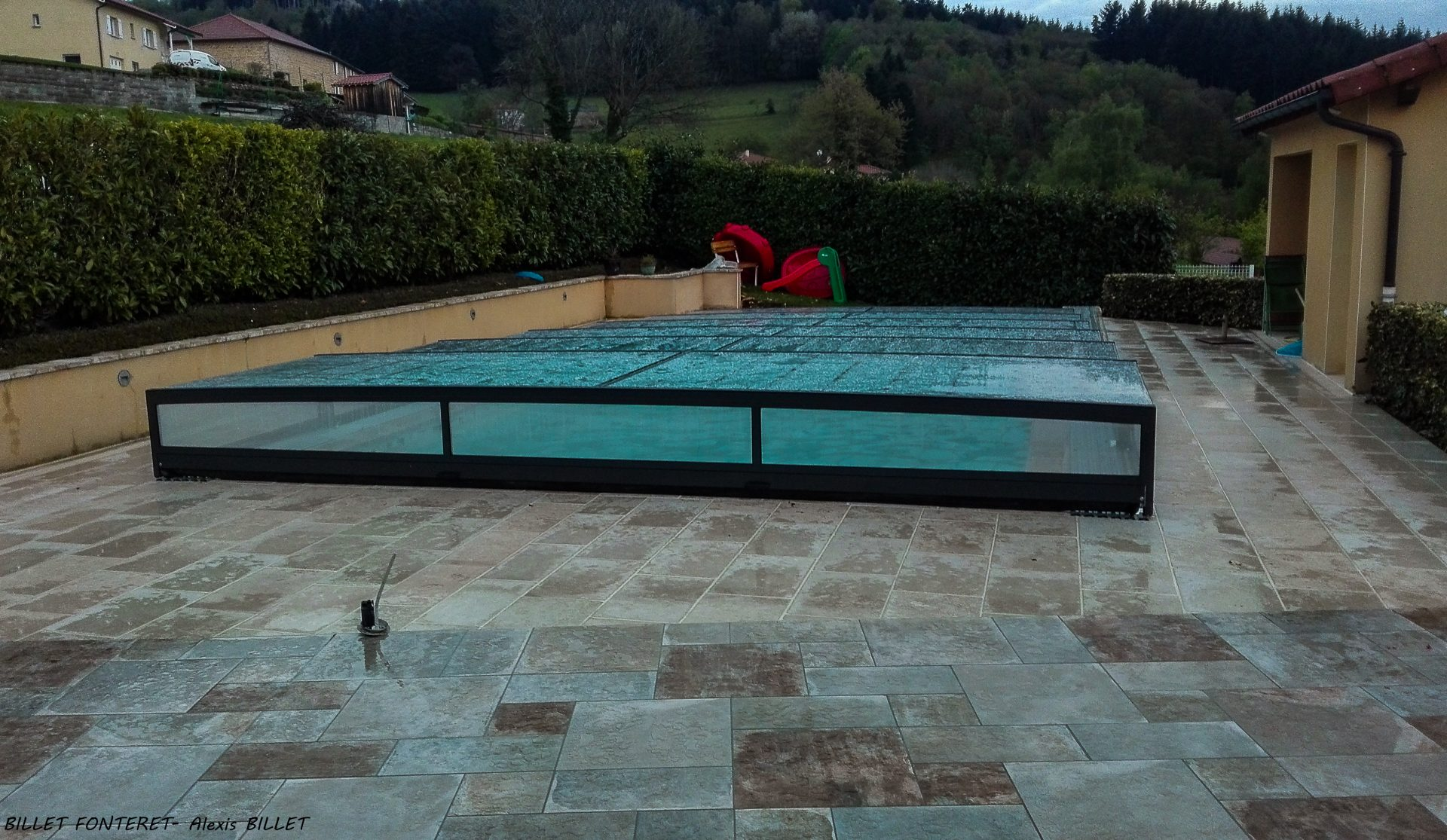 Projet piscine billet fonteret for Reparation abri piscine